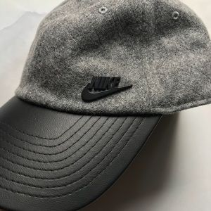new style e3a75 deef3 Nike Accessories - Nike Wool + Leather Logo H86 Hat